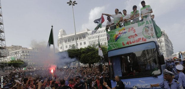 Algeria's 2014 World Cup squad is welcomed home in Algiers