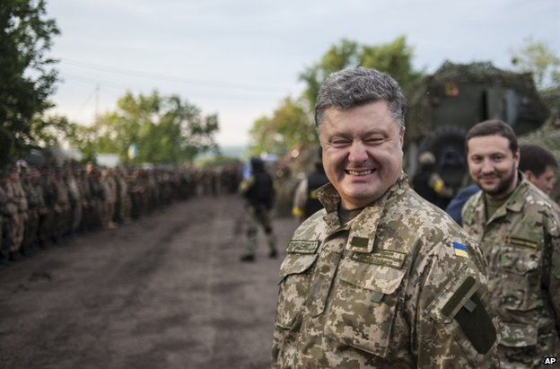 Ukrainian President Petro Poroshenko in Sloviansk, 8 July