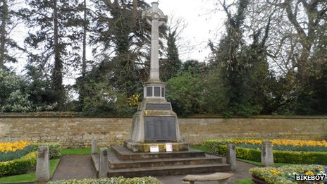 Thame war memorial
