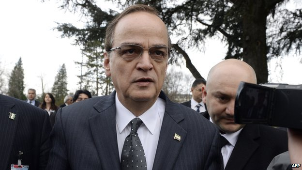 Hadi al-Bahra arrives at the Geneva II peace talks on 25 January 2014