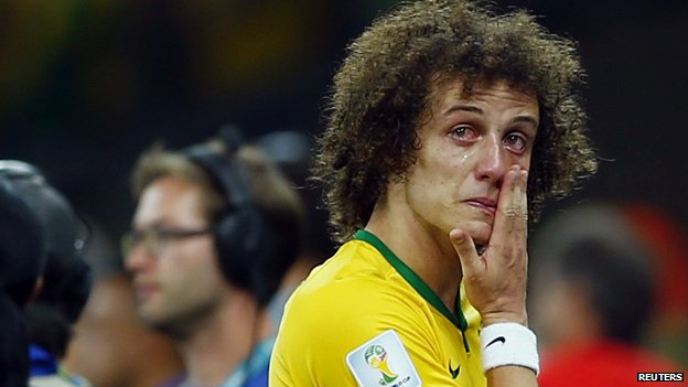 David Luiz in tears after his team's defeat