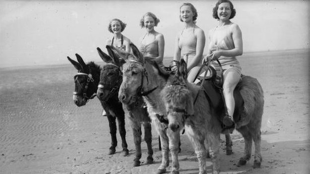 Holidaymakers in 1936
