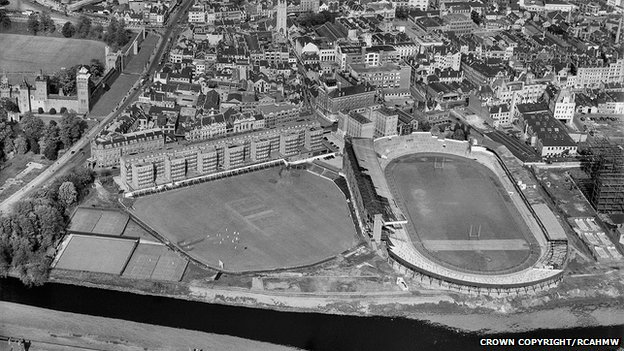 Cardiff Arms Park in 1947