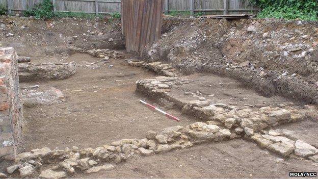 Medieval stone walls, Northampton