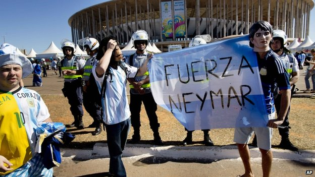 Argentine fans show support to Neymar in Brasilia