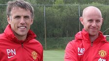 Phil Neville (l) and Nicky Butt
