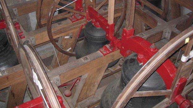 St Peter Port Parish bells
