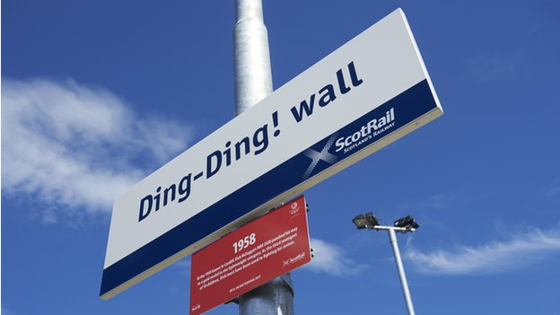 Dingwall sign