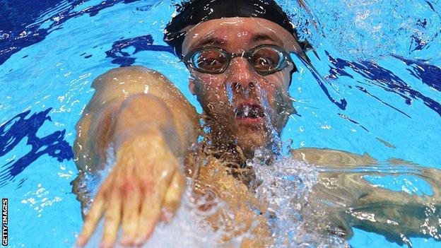 Marco Loughran during a backstroke race