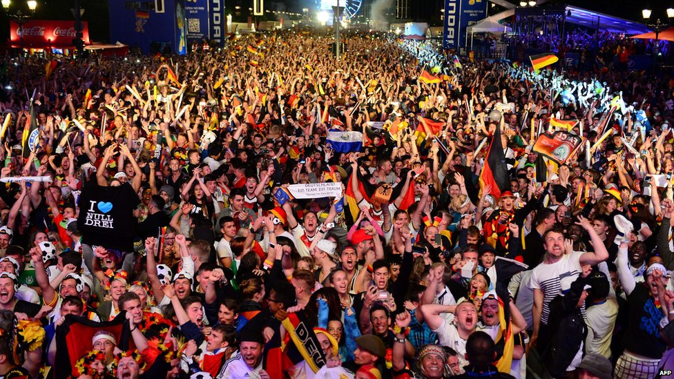 German fans celebrating in Berlin