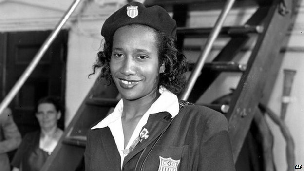 File photo from 17 August 1948, showing US Olympic team member Alice Coachman arriving from London on the USS Washington into New York City.