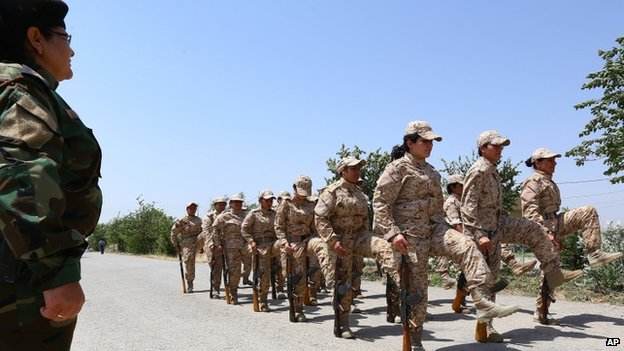Female Kurdish Peshmerga fighters undergo drill training in Sulaimaniya (July 2014)