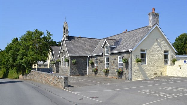 St Saviour's Community Centre