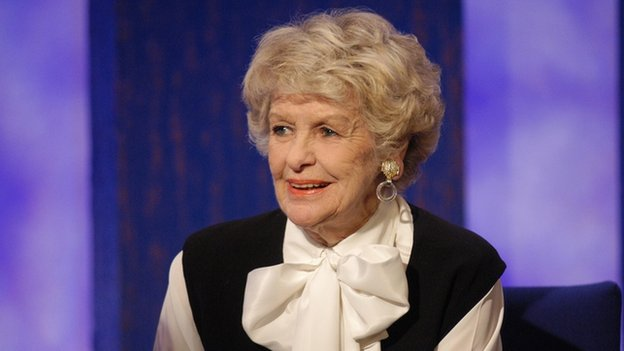 Elaine Stritch seen in 2002