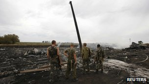 pro-Russian separatists at crash site