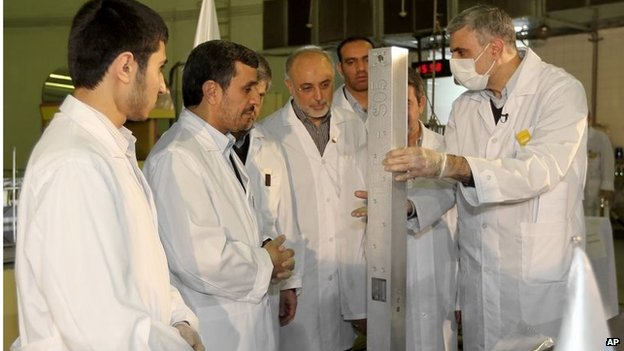Ex-President Mahmoud Ahmadinejad inspects a nuclear plant (Feb 2009)