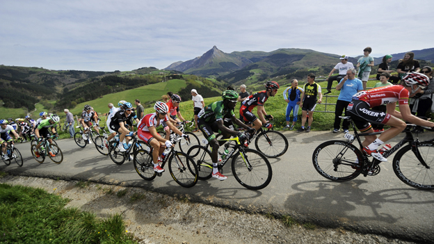 Cyclists climb the Lazkaomendi hill in  the Tour of the Basque Country, April 2014