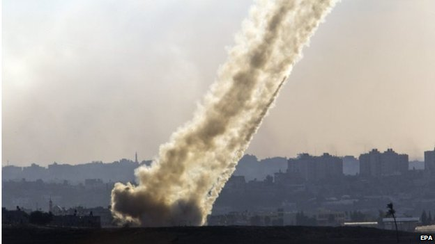 Hamas rockets fired at Israel (17/07/14)