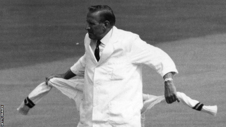 Former umpire Arthur Fagg