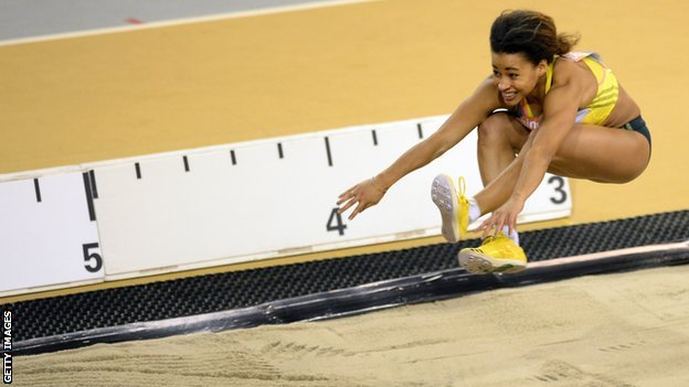 Jazmin Sawyers long jumping