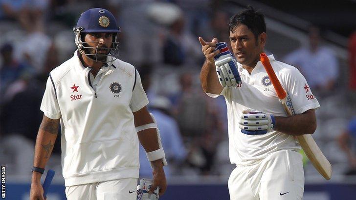 India's Murali Vijay and Mahendra Dhoni