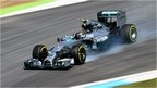 Nico Rosberg locks up