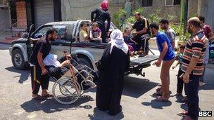 Palestinians flee Shejaiya