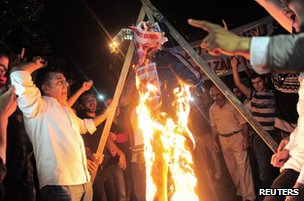 Protesters in Istanbul, Turkey, burn an effigy of  Israeli Prime Minister Benjamin Netanyahu outside the Israeli consulate, 20 July