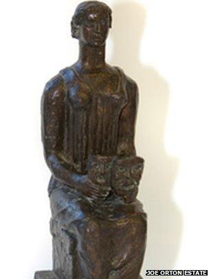 Lost statuette