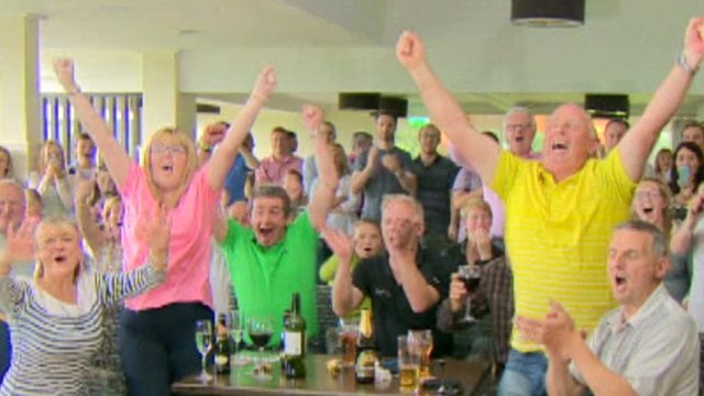 Holywood Golf Club cheers the victory moment