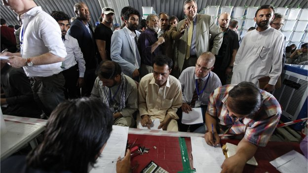 The UN envoy to Afghanistan, Jan Kubis inspected the audit, saying it would enhance the credibility of the electoral process