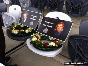 Wreaths on seats