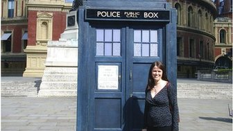 Helen Heslop in front of Tardis and Royal Albert Hall