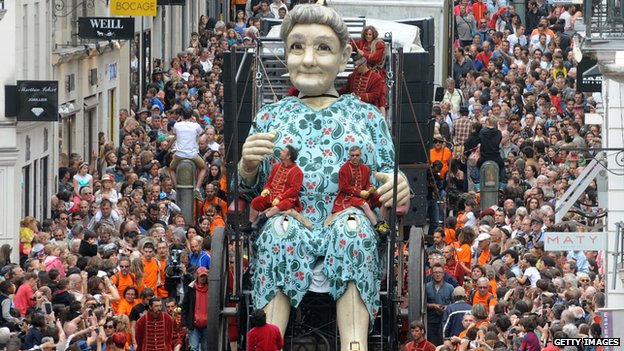 Grandmother Giant in Nantes