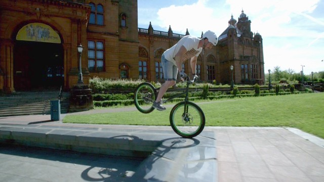 A stunt outside the Kelvingrove Art Gallery and Museum