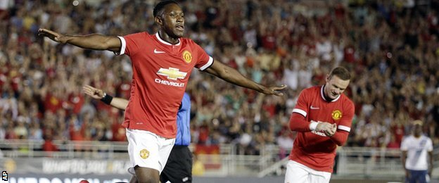 Danny Welbeck scores for Manchester United