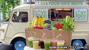 Love Food Hate Waste smoothie van