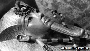 The outermost coffin of Tutankhamun