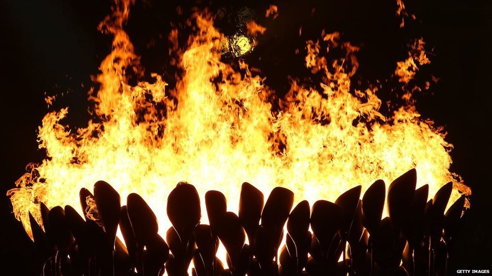 _76491073_flame.jpg