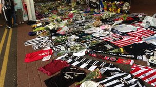 Tributes at St James' Park