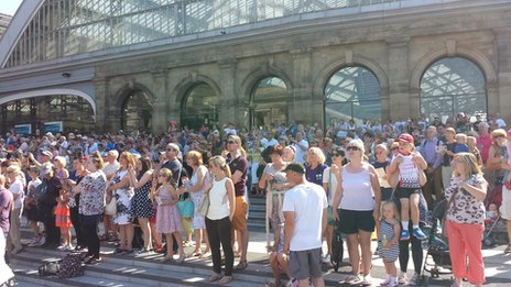 Crowds on the steps of Lime Street Station