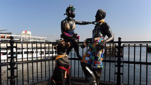 Statues with woolly clothes