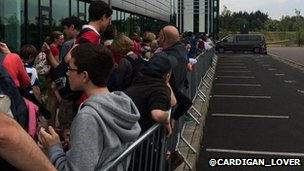Long queues at Eurocentral park and ride