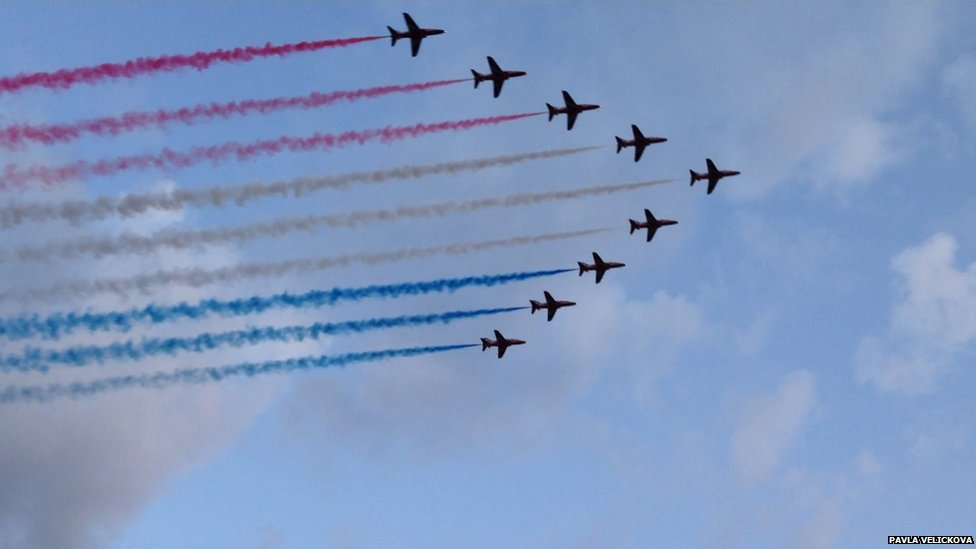 Red Arrows fly over Glasgow during the Commonwealth Games opening ceremony
