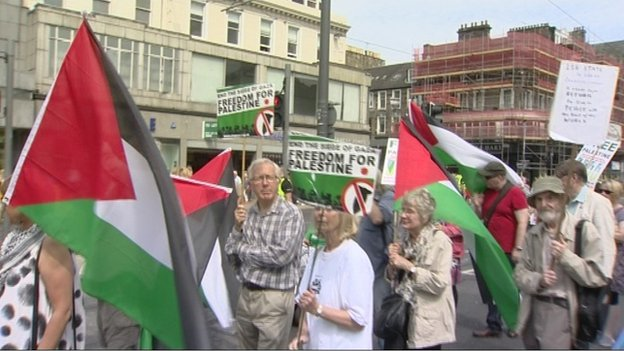 Edinburgh Palestine protest walk