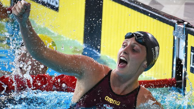 England's Francesca Halsall celebrating gold