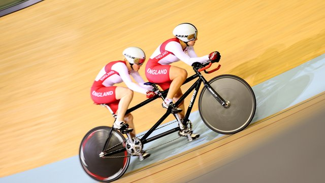 Helen Scott and Sophie Thornhill win gold