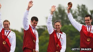 Gold medalists Vicky Holland, Jonathan Brownlee, Jodie Stimpson and Alistair Brownlee of England