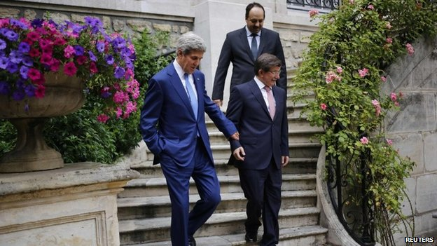US Secretary of State John Kerry with Turkey and Qatar foreign ministers in Paris working on a resolution for Israel Gaza cease fire