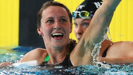Jazz Carlin of Wales set a new Commonwealth Games record in the 800m freestyle final in Glasgow
